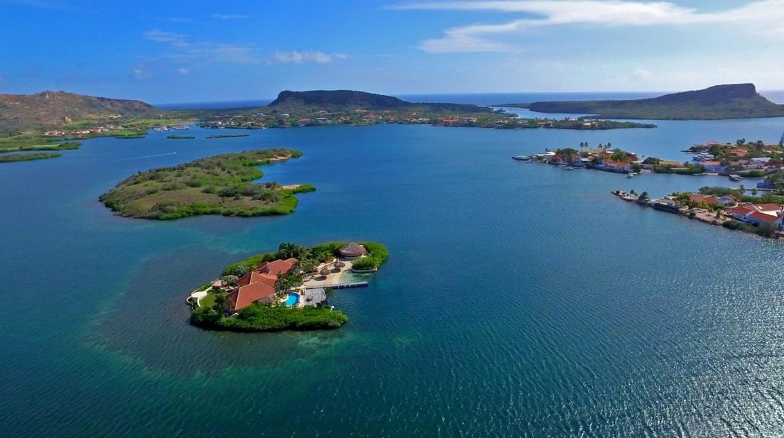 частный остров Исла-Ди-Йерба, Карибские Острова