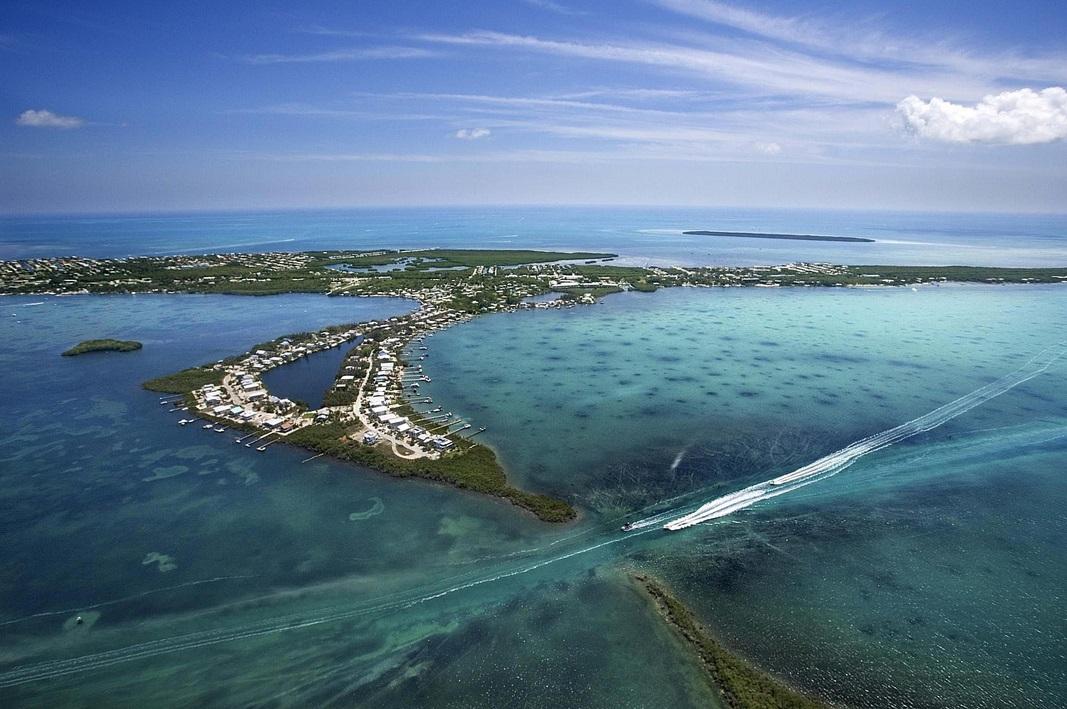 частный остров Ключ от прыжка с Дельфином, Флорида