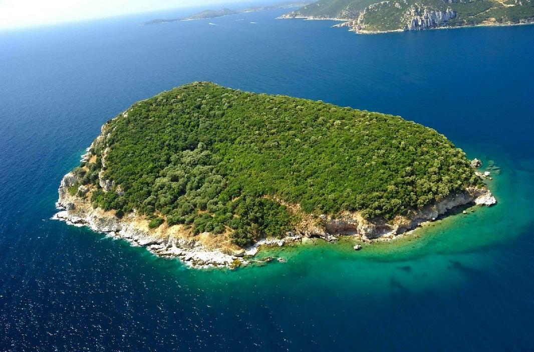 частный остров Дулихиум, Греция